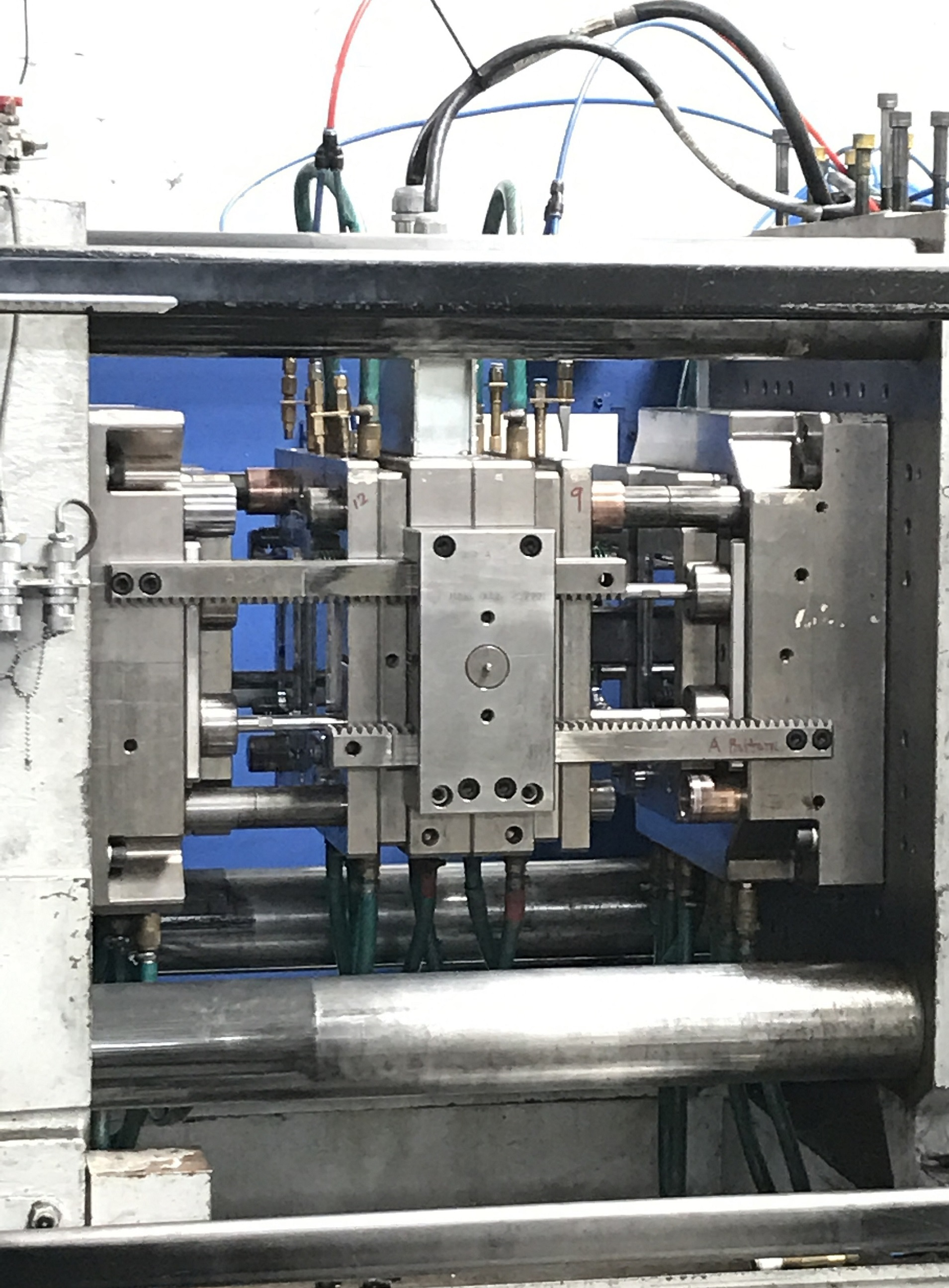 Stack Mold Design Services for Thin Wall Packaging